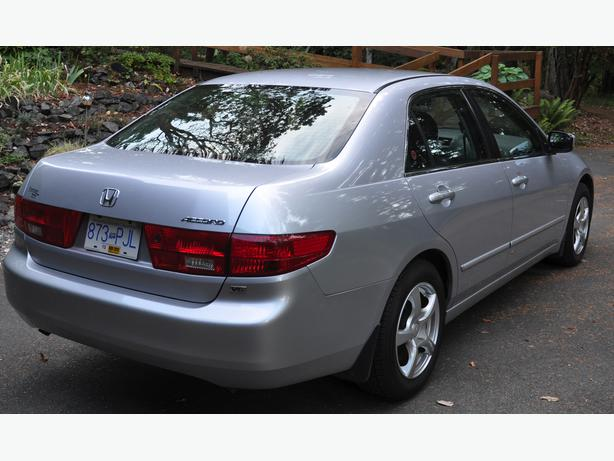 obo low km 2005 honda accord exl v6 4 door outside nanaimo parksville qualicum beach mobile. Black Bedroom Furniture Sets. Home Design Ideas