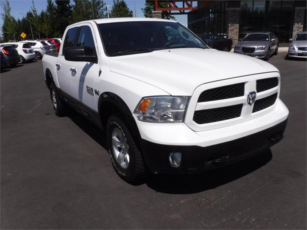 2014 ram 1500 outdoorsman crew 5 7l v8 hemi 4wd outside nanaimo nanaimo. Black Bedroom Furniture Sets. Home Design Ideas
