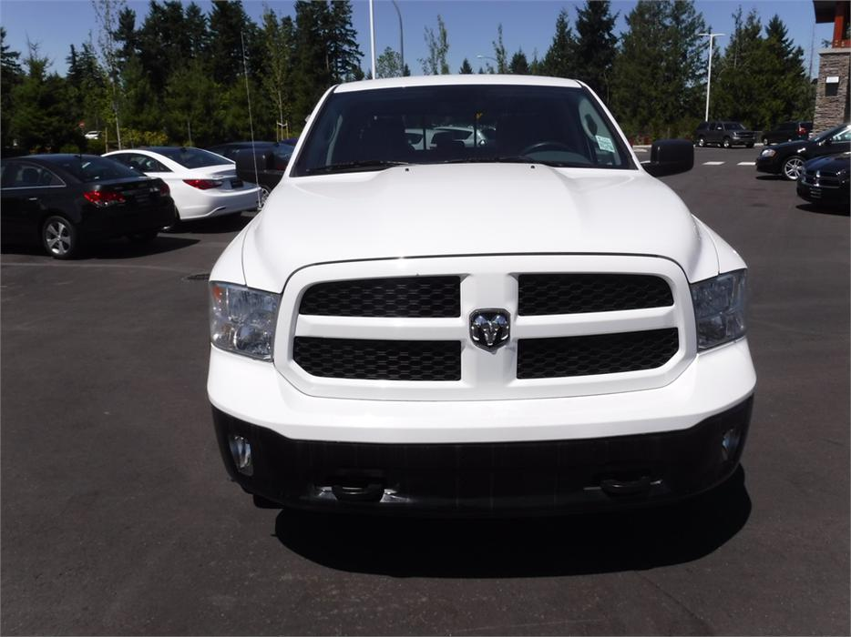 2014 ram 1500 outdoorsman crew 5 7l v8 hemi 4wd outside nanaimo nanaimo mobile. Black Bedroom Furniture Sets. Home Design Ideas