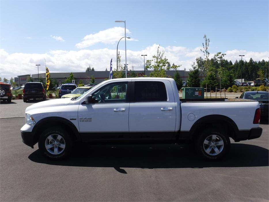 2014 ram 1500 outdoorsman crew 5 7l v8 hemi 4wd outside nanaimo parksville qualicum beach. Black Bedroom Furniture Sets. Home Design Ideas
