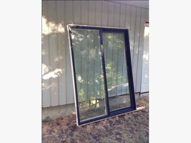 Sliding patio doors 5 foot duncan cowichan for 6 ft sliding glass patio door