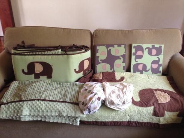 gently used crib bedding 1