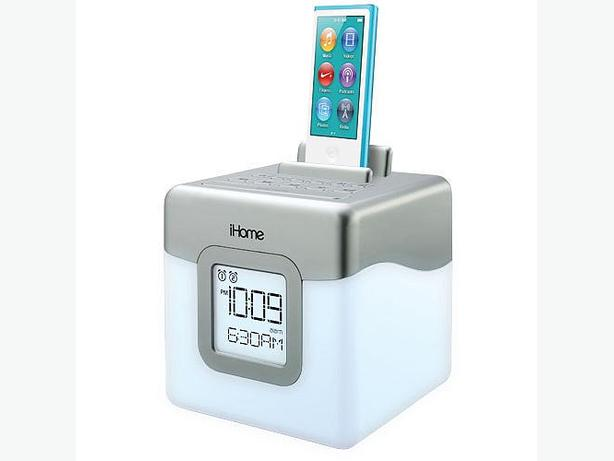 ihome led color changing dual alarm clock fm radio speaker. Black Bedroom Furniture Sets. Home Design Ideas