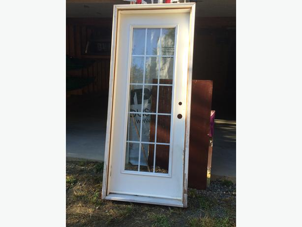 Used mobile home doors exterior photos back of mobile for Exterior back doors for home