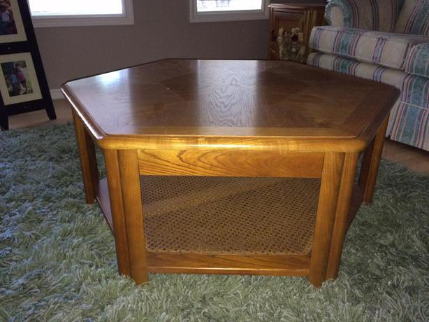 Sklar Peppler Solid Oak Coffee Table And 2 End Tables