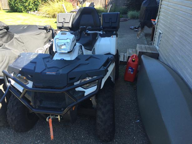 2014 Polaris Sportsman 570 Touring ATV Campbell River, Comox Valley