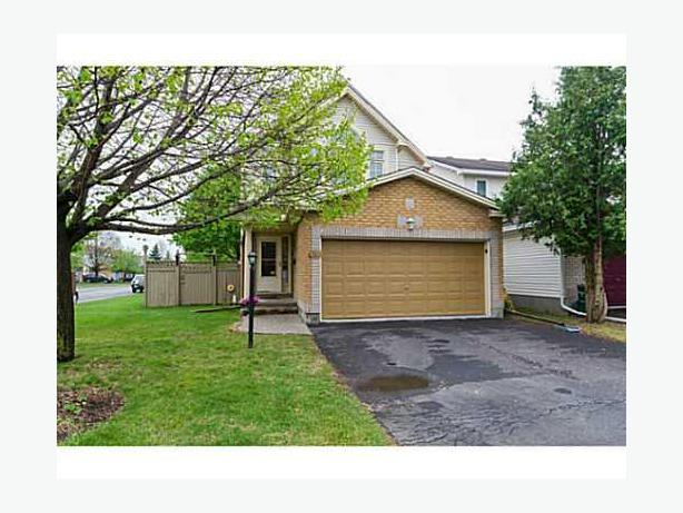 1 750 3 bedroom 2 bath single home for rent in longfields barrhaven