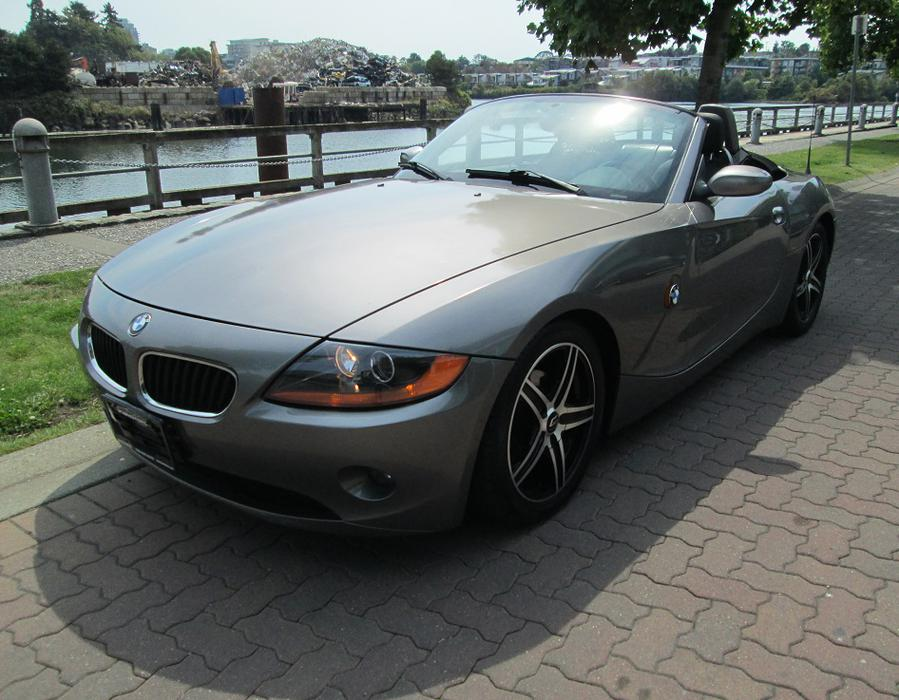 2003 bmw z4 convertible fully loaded outside cowichan valley cowichan. Black Bedroom Furniture Sets. Home Design Ideas