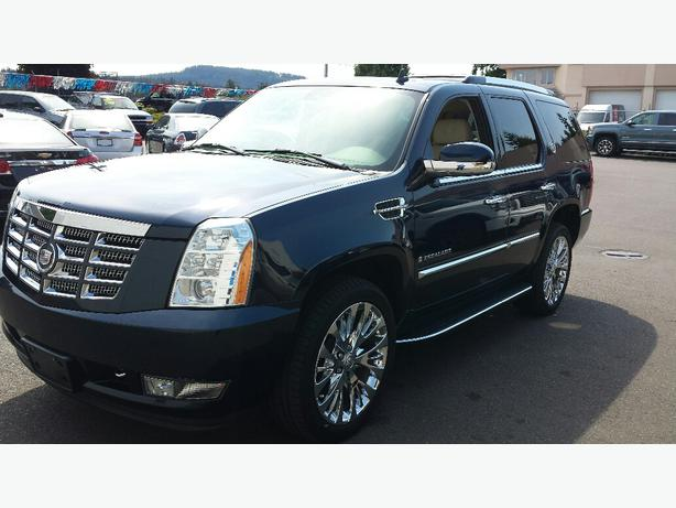 used 2008 cadillac escalade for sale in parksville outside victoria victoria. Black Bedroom Furniture Sets. Home Design Ideas