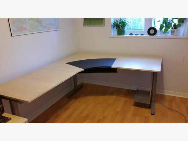 Ikea Mandal Headboard Ideas ~ IKEA Galant Desk and Effektiv 3 drawer cabinet In excellent condition