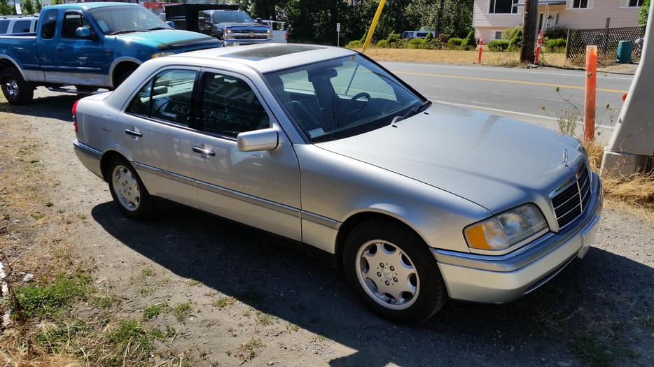 1996 mercedes benz c 220 west shore langford colwood for Mercedes benz family discount