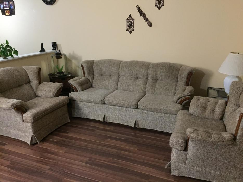 Sofa And 2 Matching Chairs West Regina Regina