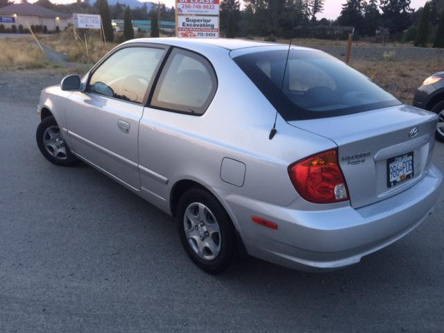 2004 hyundai accent 3000obo duncan cowichan mobile. Black Bedroom Furniture Sets. Home Design Ideas