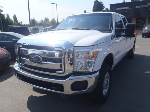 2012 ford f 250 sd xlt crew cab long box 4wd outside nanaimo nanaimo. Black Bedroom Furniture Sets. Home Design Ideas
