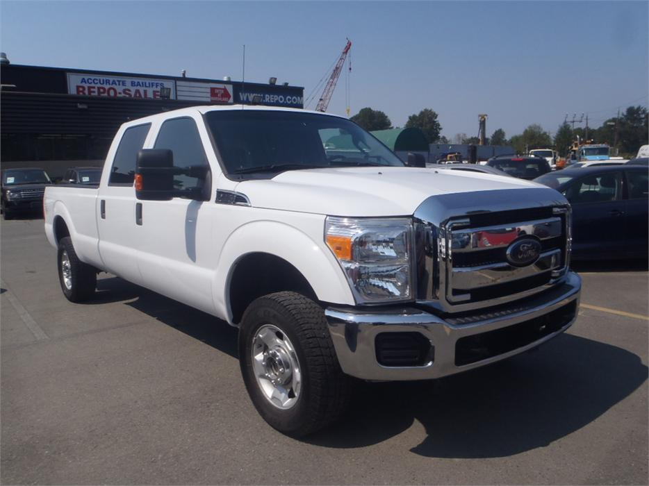 2012 ford f 250 sd xlt crew cab long box 4wd outside cowichan valley cowichan mobile. Black Bedroom Furniture Sets. Home Design Ideas