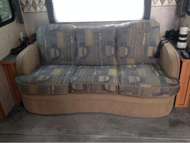 sofa hide a bed west shore langford colwood metchosin highlands victoria. Black Bedroom Furniture Sets. Home Design Ideas