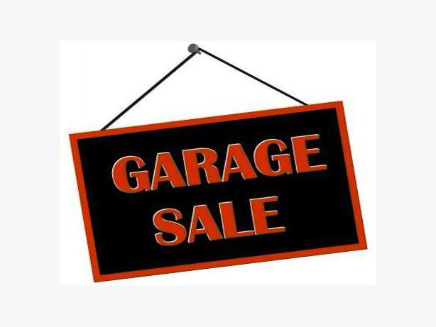Huge garage sale north regina regina for Garage ad agde