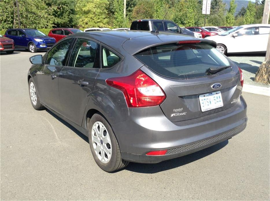 2014 ford focus se a c power windows locks keyless entry outside nanaimo parksville. Black Bedroom Furniture Sets. Home Design Ideas