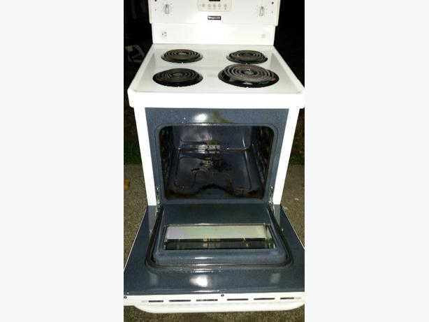 frigidaire apartment size stove outside nanaimo nanaimo