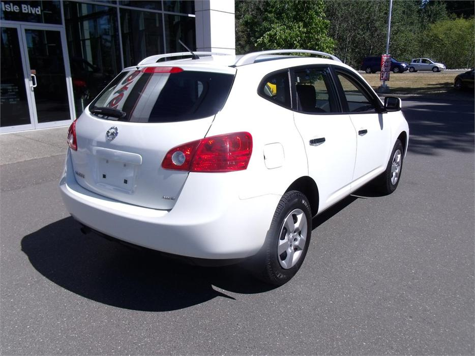 2010 nissan rogue s outside nanaimo nanaimo mobile. Black Bedroom Furniture Sets. Home Design Ideas