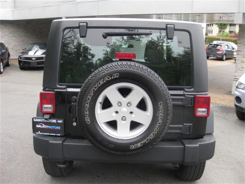 2011 jeep wrangler sport 4wd 6spd manual bluetooth. Black Bedroom Furniture Sets. Home Design Ideas