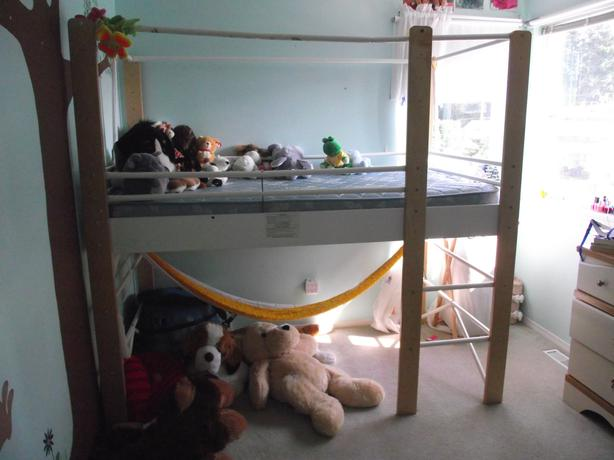 ikea half or full size loft bed north nanaimo parksville qualicum beach. Black Bedroom Furniture Sets. Home Design Ideas
