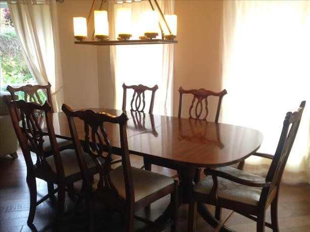 Traditional Dining Table And Chairs Duncan Phyfe Style Sooke Victoria MO