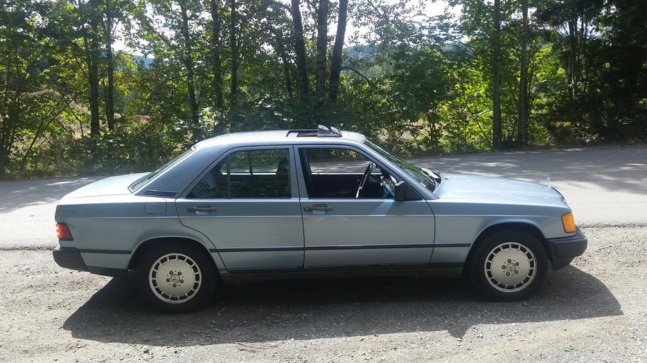 1987 mercedes benz 190e outside nanaimo nanaimo mobile for Mercedes benz nanaimo