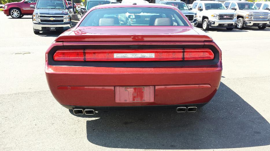 used 2014 dodge challenger rt 100th anniversary for sale outside cowichan valley cowichan mobile. Black Bedroom Furniture Sets. Home Design Ideas