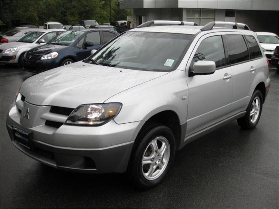 2003 mitsubishi outlander ls awd alloy bc only ac. Black Bedroom Furniture Sets. Home Design Ideas