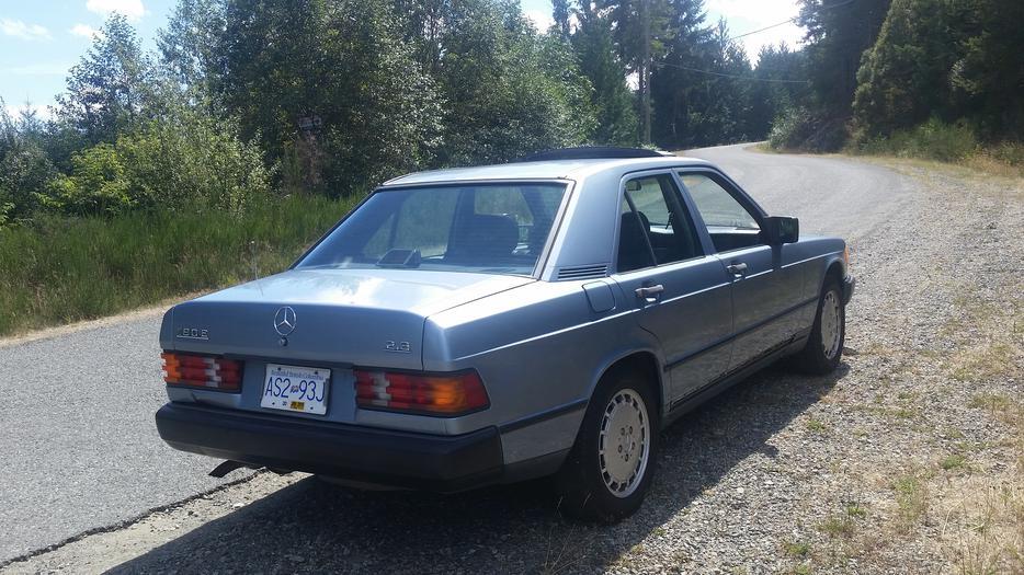 1987 Mercedes Benz 190e Outside Nanaimo Parksville