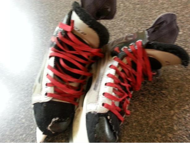 Bauer Hockey Skates XT
