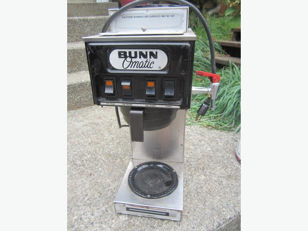 how to clean coffee maker burner