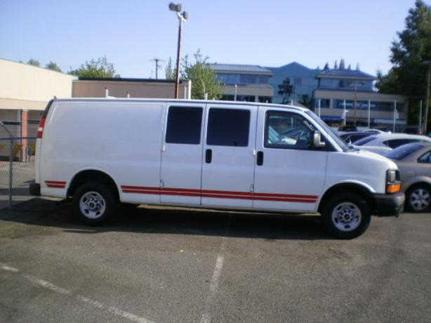 2006 chevrolet express 2500 cargo extended outside victoria victoria. Black Bedroom Furniture Sets. Home Design Ideas