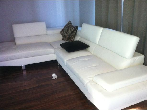 white leather zane sectional for sale gatineau sector quebec ottawa. Black Bedroom Furniture Sets. Home Design Ideas