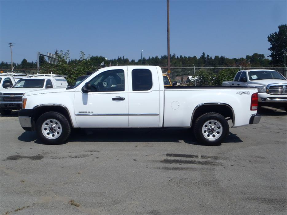 2012 gmc sierra 1500 short box extended cab 4wd outside okanagan kelowna. Black Bedroom Furniture Sets. Home Design Ideas
