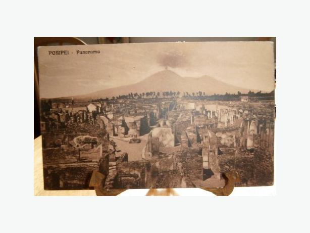 1923 Postcard of the ancient city of Pompeii-c