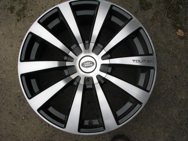 Touren TR3 18x8 Wheels Multi-fit Land Rover, BMW, Audi ...