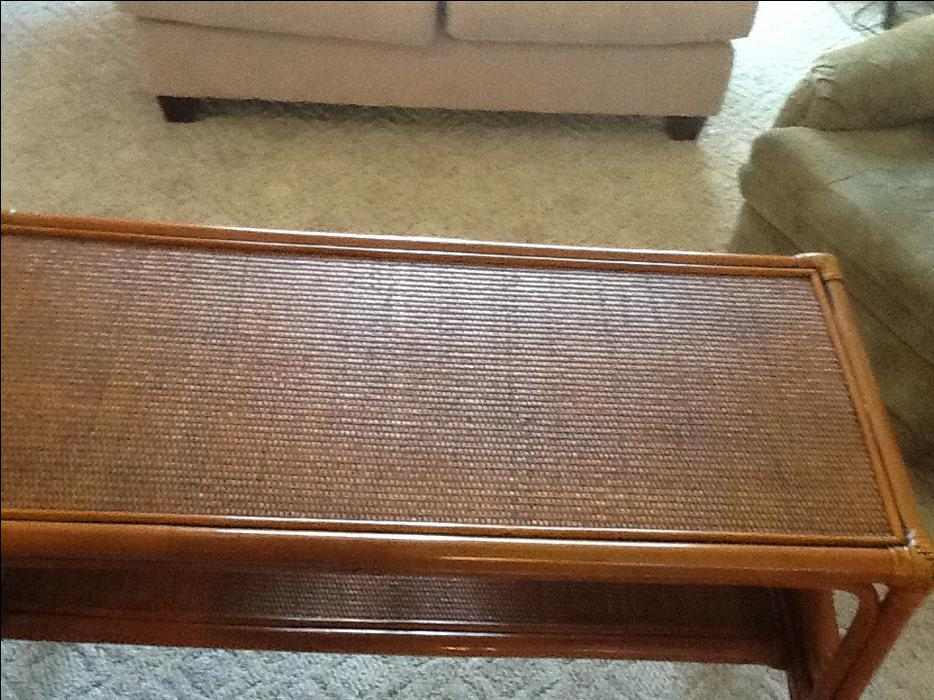 rattan foyer couch table courtenay comox valley. Black Bedroom Furniture Sets. Home Design Ideas