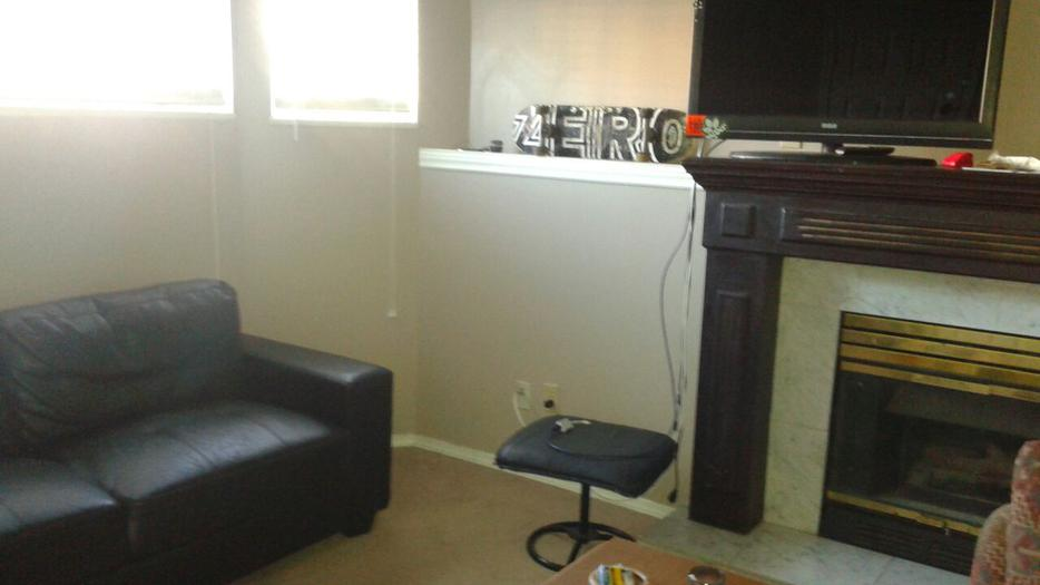 large 1 bedroom basement suit avail for rent near commercial st