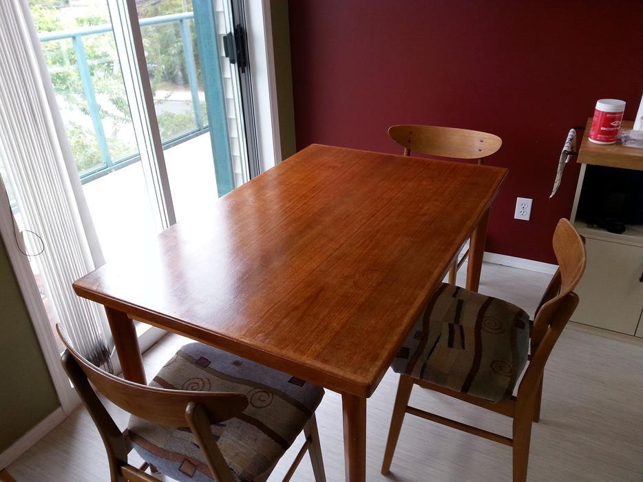 Teak Dining table Saanich Victoria : 48538139934 from www.usedvictoria.com size 934 x 700 jpeg 83kB