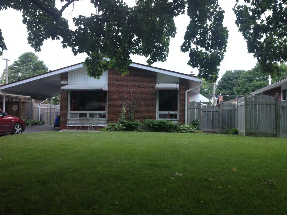 Available September 1st 3 Bedroom House For Rent Top