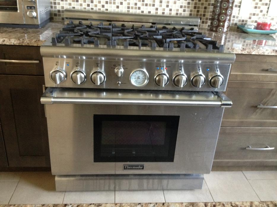 Thermador Professional 36 Inch Pro Grand Gas Range New