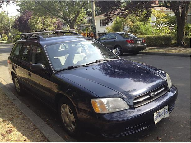 2000 subaru legacy wagon for sale victoria city victoria. Black Bedroom Furniture Sets. Home Design Ideas