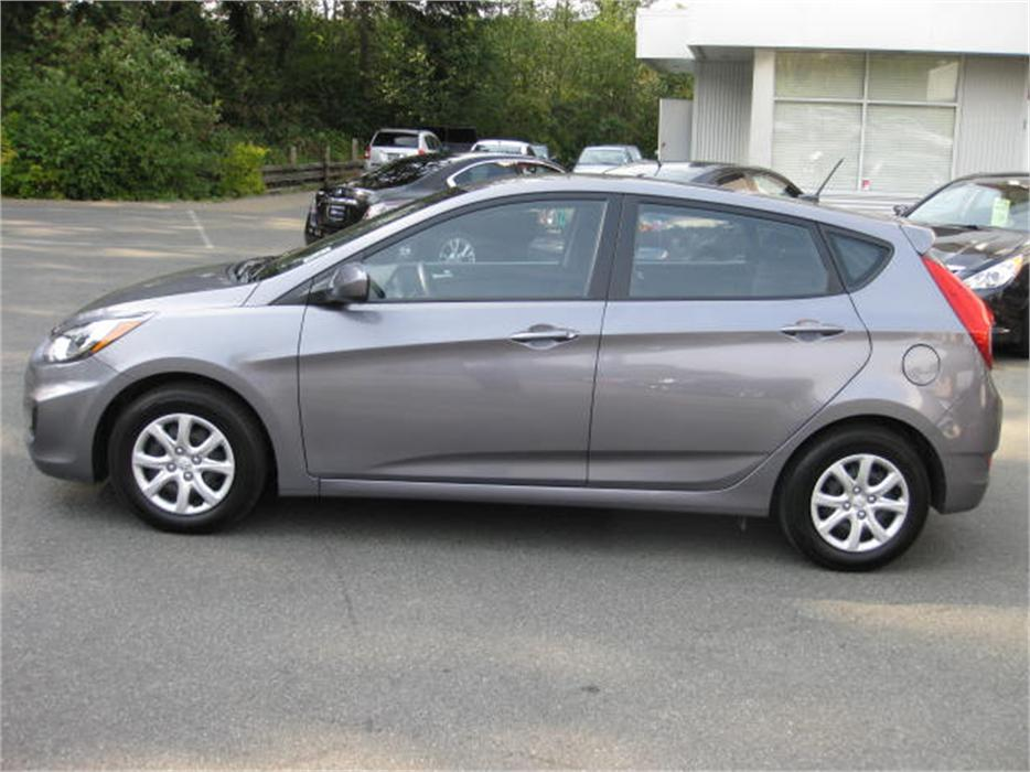 2014 Hyundai Accent Gls Bluetooth Active Eco Ac Outside