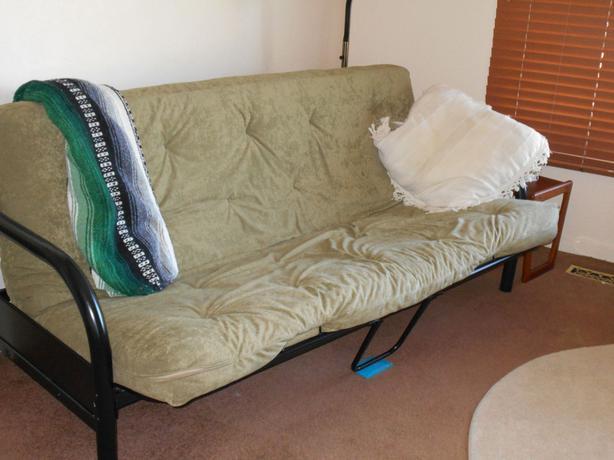Free futon sofa bed victoria city victoria mobile for Sofa bed victoria bc