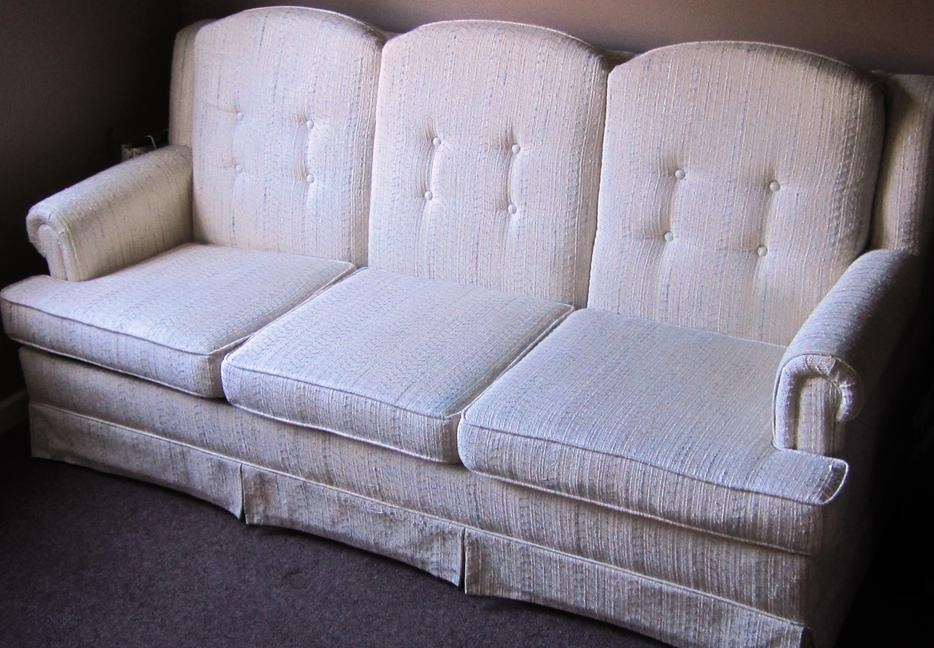 Hide a Bed Bed Sofa South Nanaimo Nanaimo MOBILE