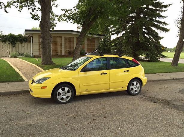 sold 2003 ford focus zx5 hatchback for sale south regina. Black Bedroom Furniture Sets. Home Design Ideas