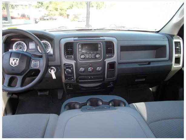 2014 dodge ram 1500 st quad cab coquitlam incl port coquitlam port moody vancouver mobile. Black Bedroom Furniture Sets. Home Design Ideas