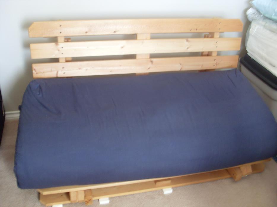 Pine Tree Futon Bed Sofa Esquimalt Amp View Royal Victoria